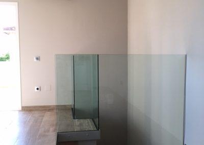 Baranda de vidrio escalera