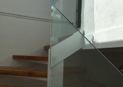 Baranda de cristal escalera