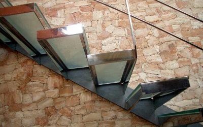Escaleras de cristal para tu hogar
